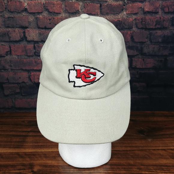ad4bc835c33d0 VINTAGE Kansas City Chiefs Dad Hat Cap Beige Tan